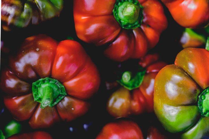 aufeinander liegende Paprika